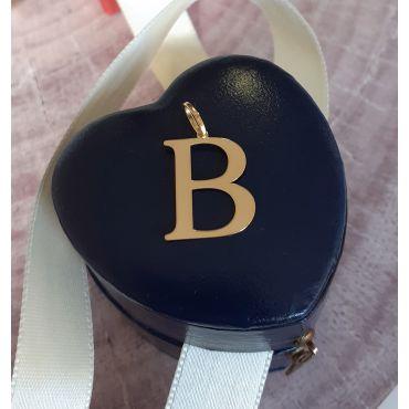 Złota literka B