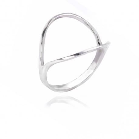 Srebrny pierścionek z cyrkonią