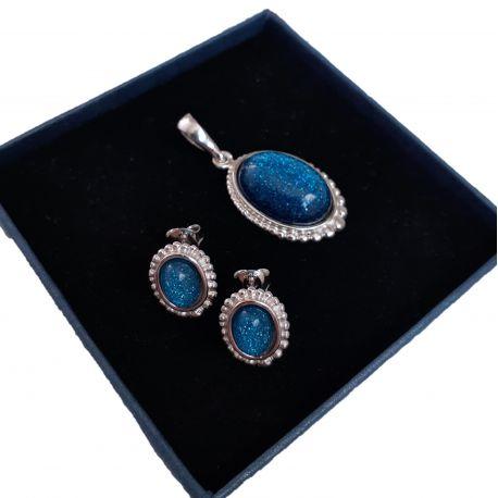 Srebrny komplet z niebieskim lśniącym kamieniem księżycowym